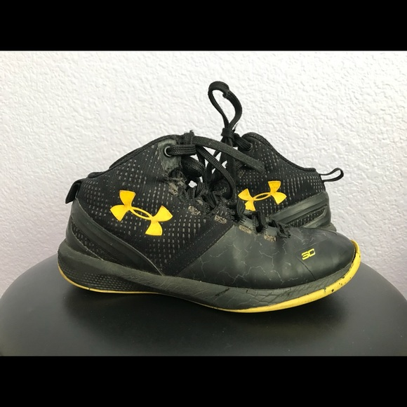 Under Armour Steph Curry Shoes Kids Size 13k. M 5b7450f31070ee3be69843c4 5643498fc1